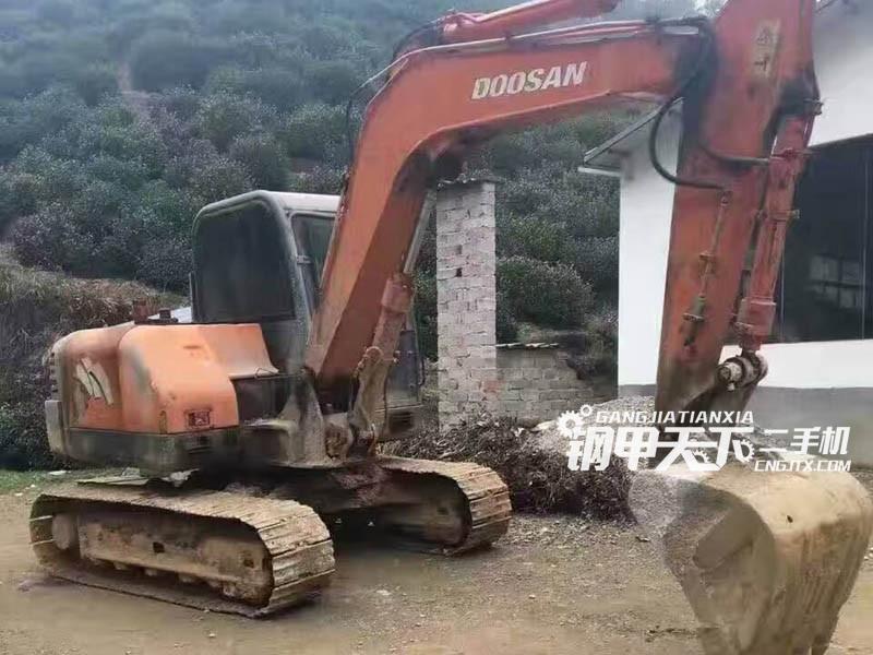 斗山dh210w-7挖掘机(此设备编号:16899)05-06更新
