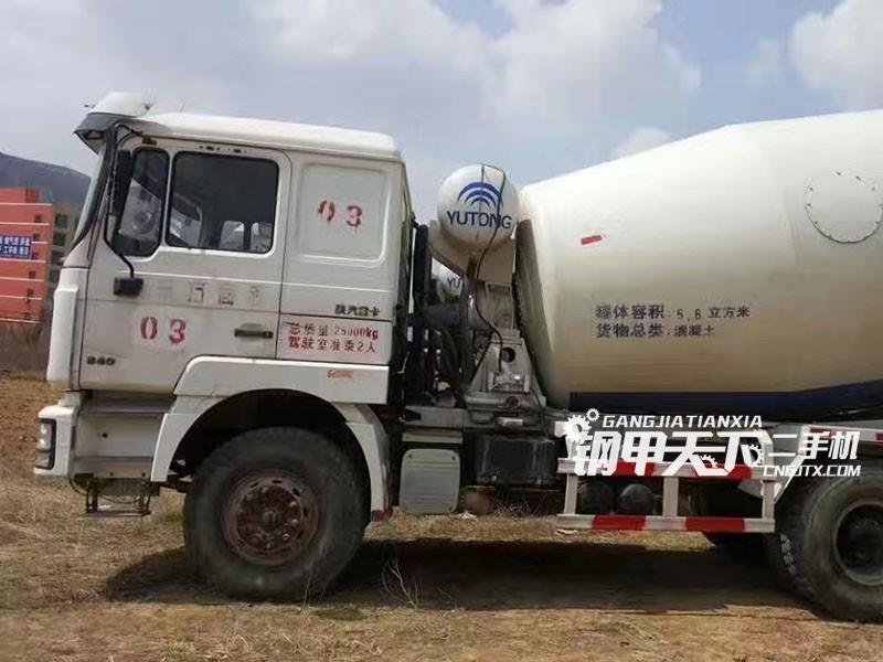 德龙  3000  泵车