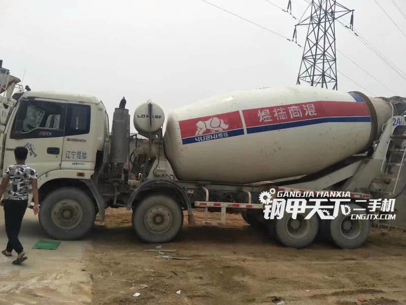 欧曼  12  泵车