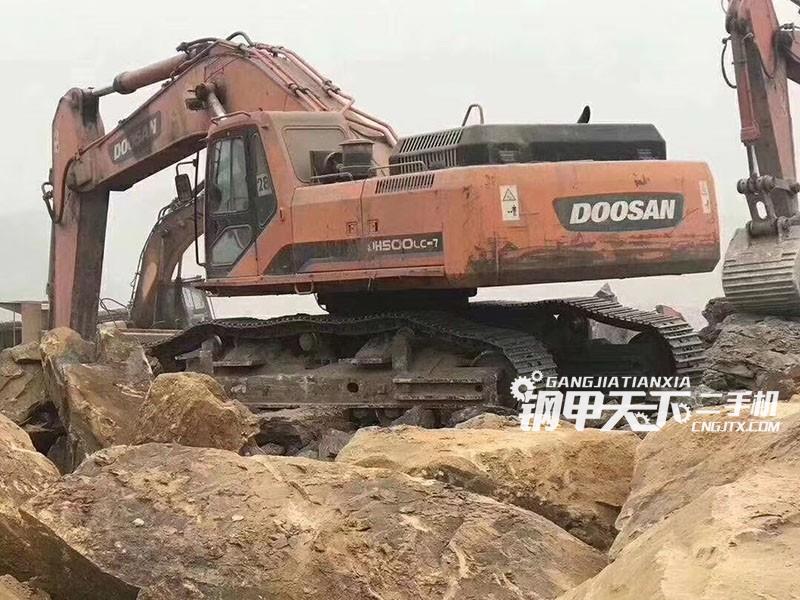 斗山dh300lc-7挖掘机(此设备编号:68370)02-01更新