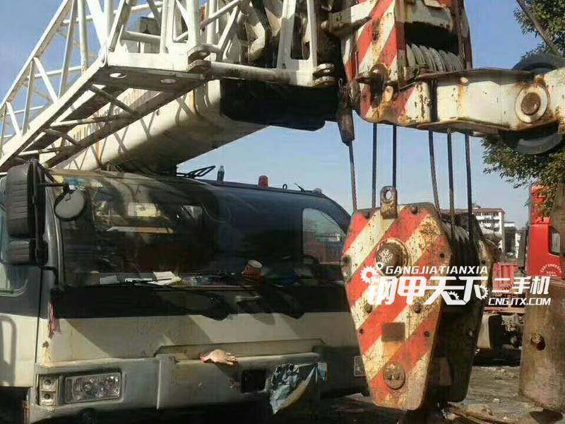中联重科qy20v汽车吊(此设备编号:69495)02-05更新