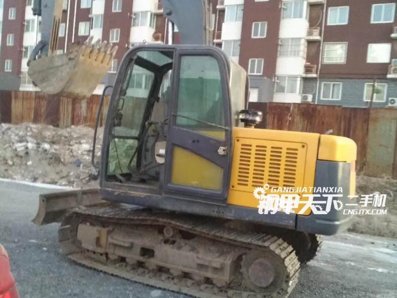 沃尔沃80D挖掘机