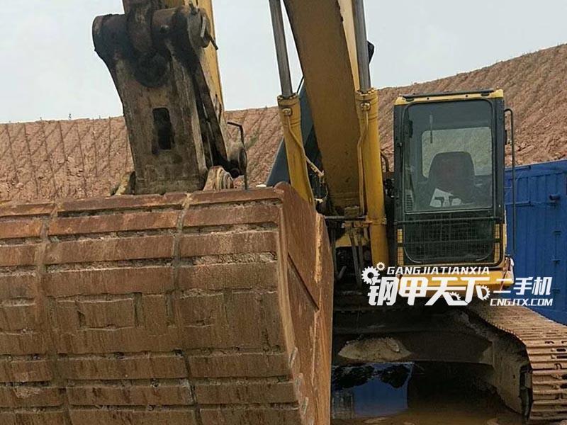小松PC350挖掘机