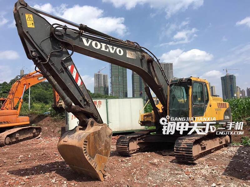沃尔沃240挖掘机