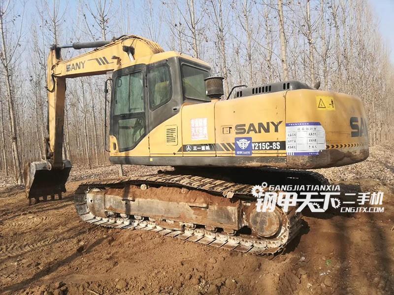 三一重工215挖掘机