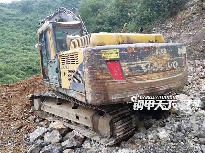 沃尔沃210挖掘机