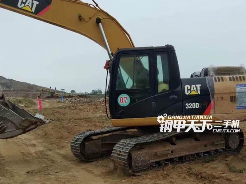 卡特彼勒320D2 挖掘机