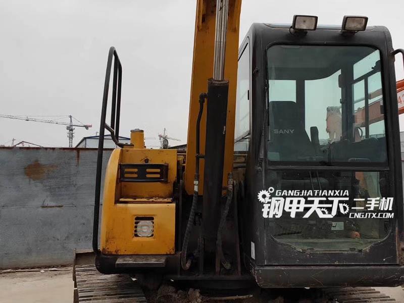 三一重工75-9挖掘机
