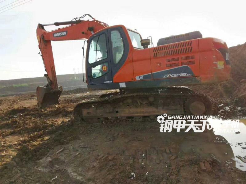 斗山  DX215-9C  挖掘机