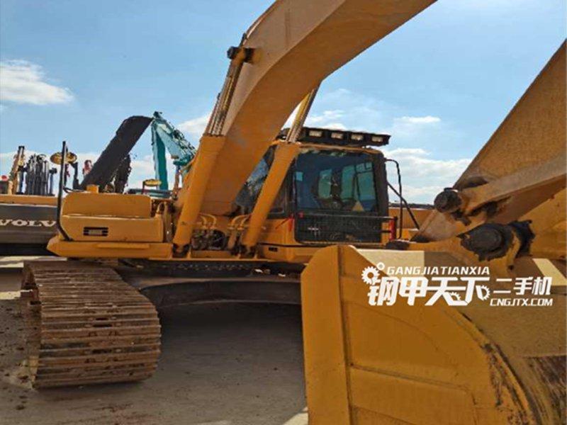 小松  210-8  挖掘机