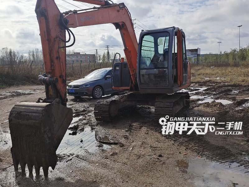 日立70挖掘机