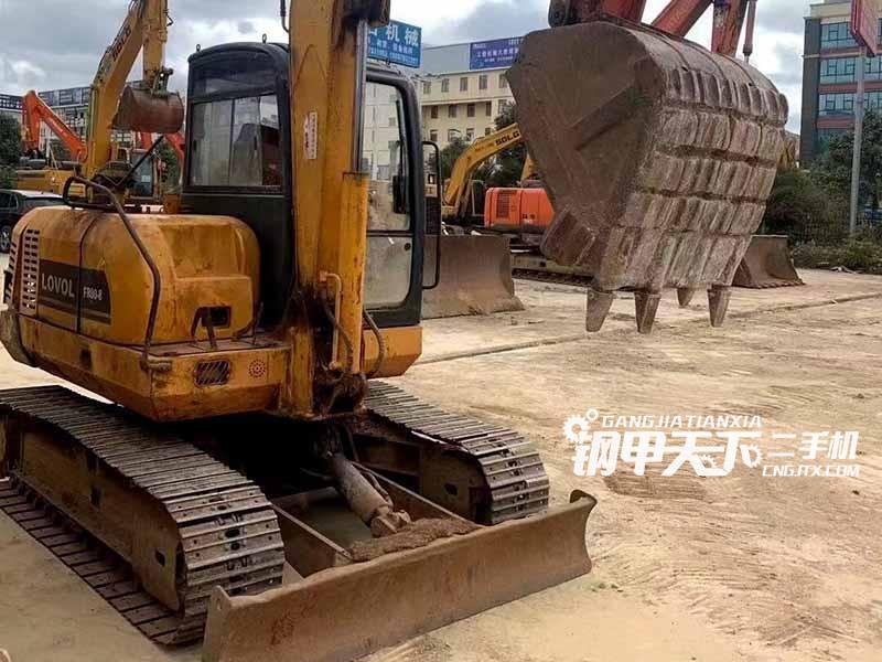 雷沃65挖掘机