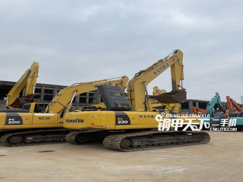 小松  PC230  挖掘机