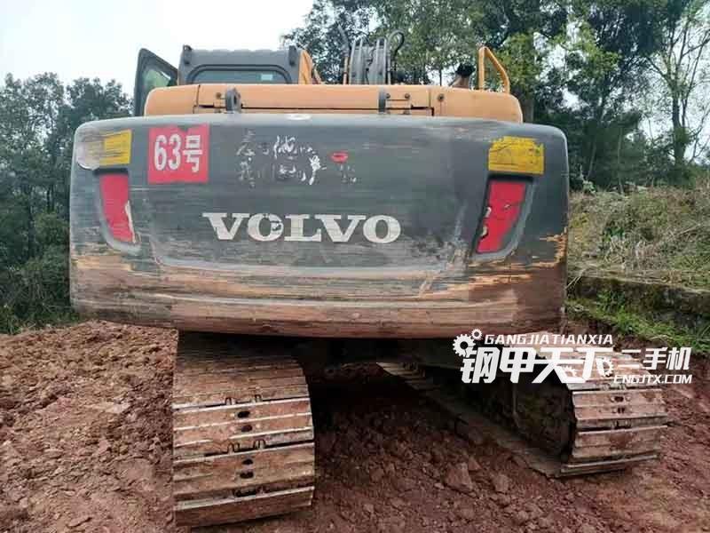 沃尔沃  140  挖掘机