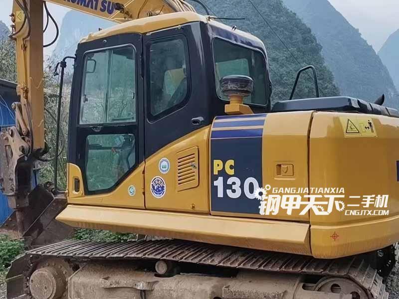 小松130-7挖掘机