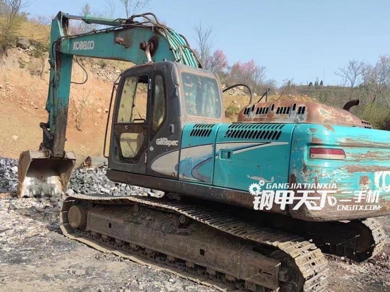 神钢  260-8  挖掘机