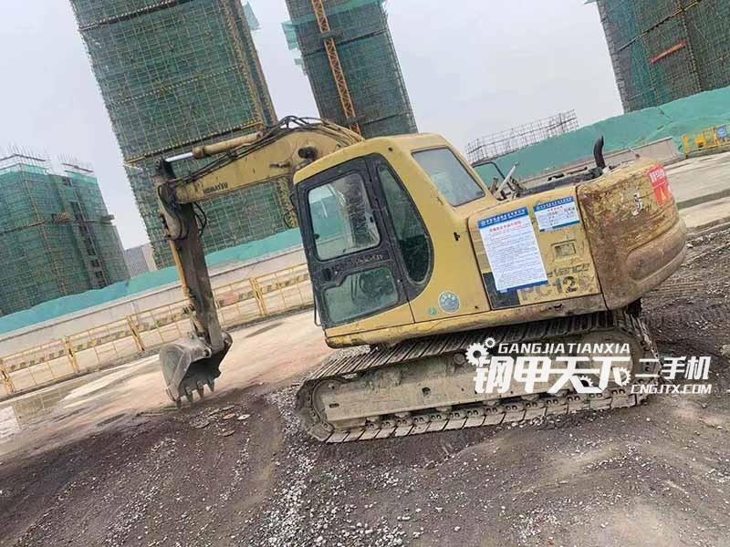 小松  100-6  挖掘机