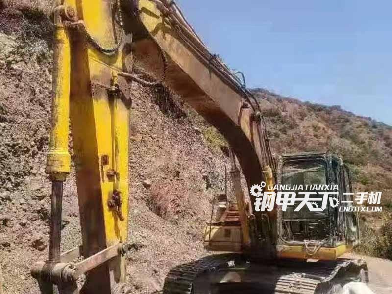 柳工  225  挖掘机