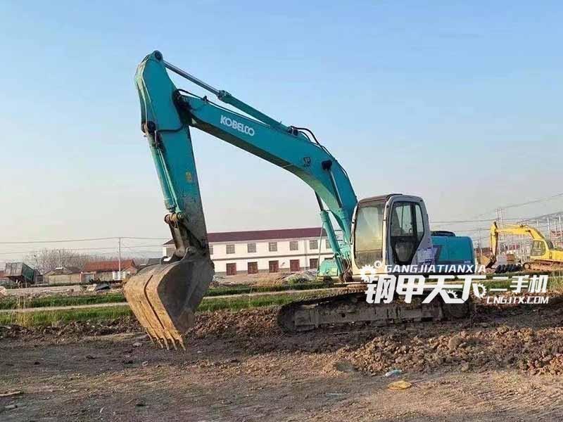 神钢  200-7  挖掘机