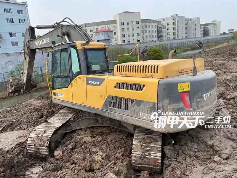 沃尔沃  250DL  挖掘机