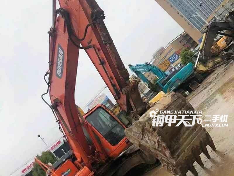 斗山  225-9E  挖掘机