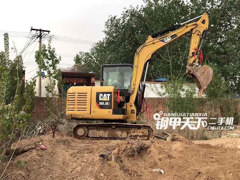 卡特彼勒  5.5E2  挖掘机