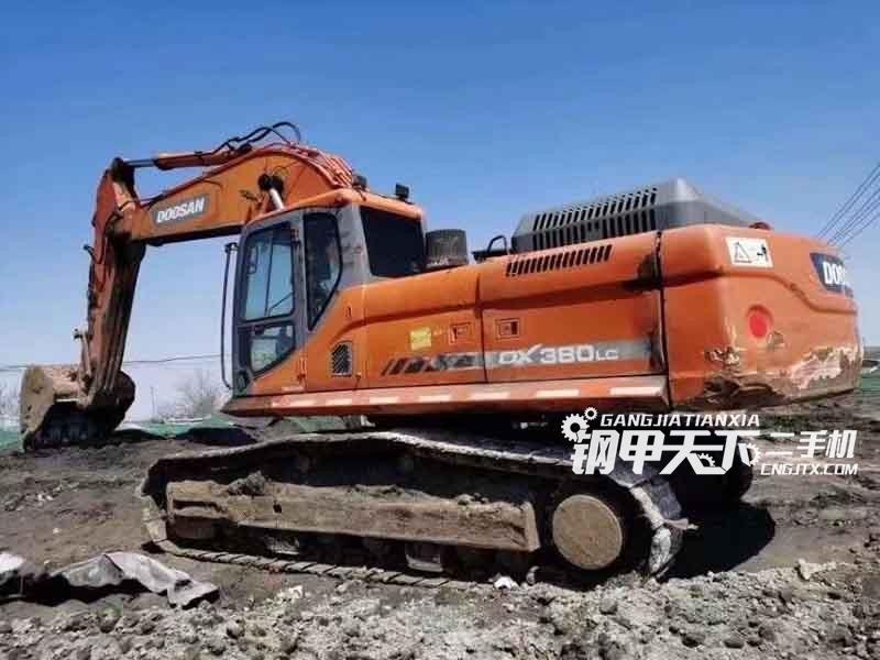 斗山  380  挖掘机