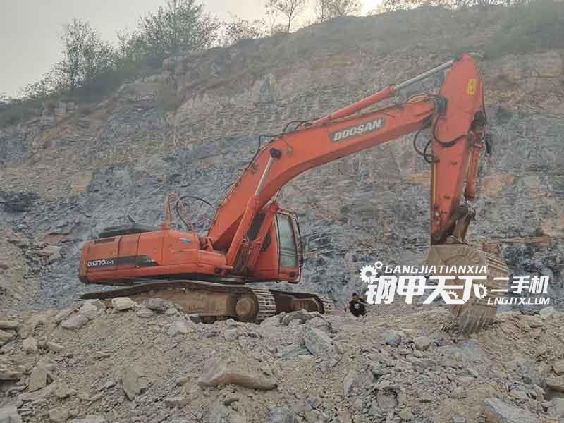 斗山  370-7  挖掘机