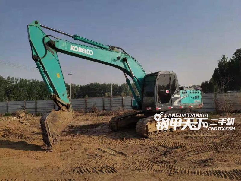 神钢  200超8  挖掘机
