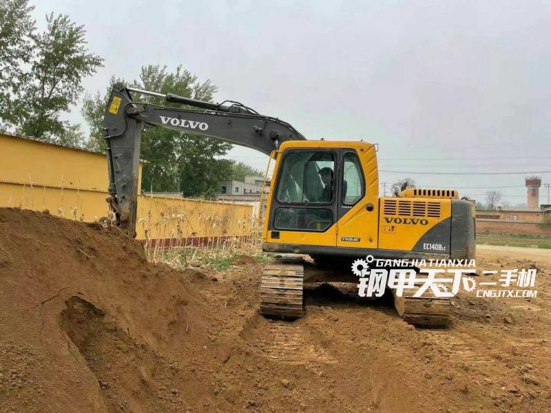 沃尔沃  EC140B  挖掘机