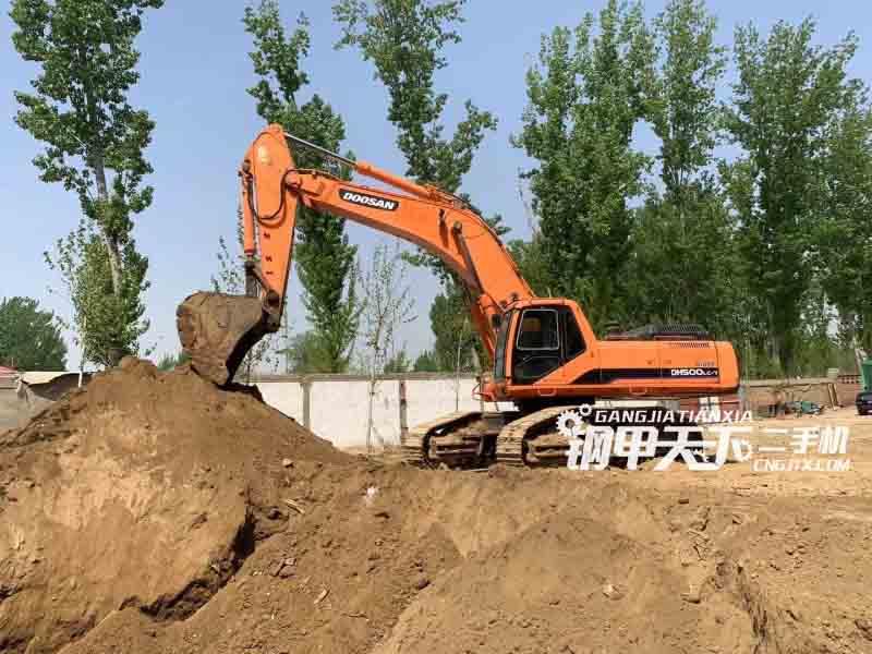 斗山  DH500LC-7  挖掘机