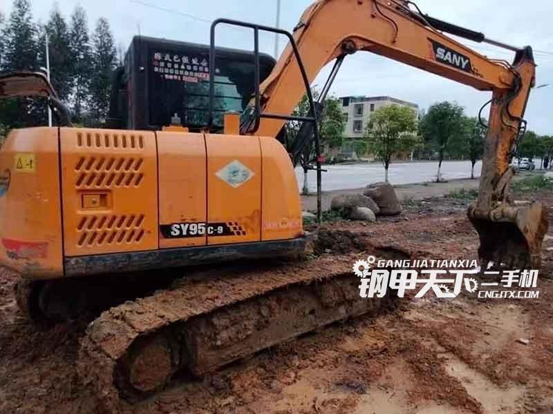 三一重工  75  挖掘机