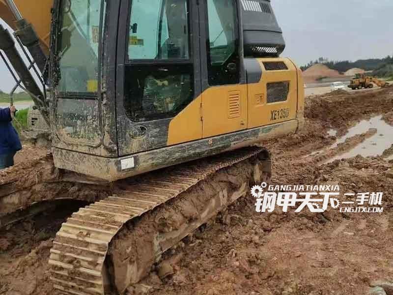 徐工  135  挖掘机