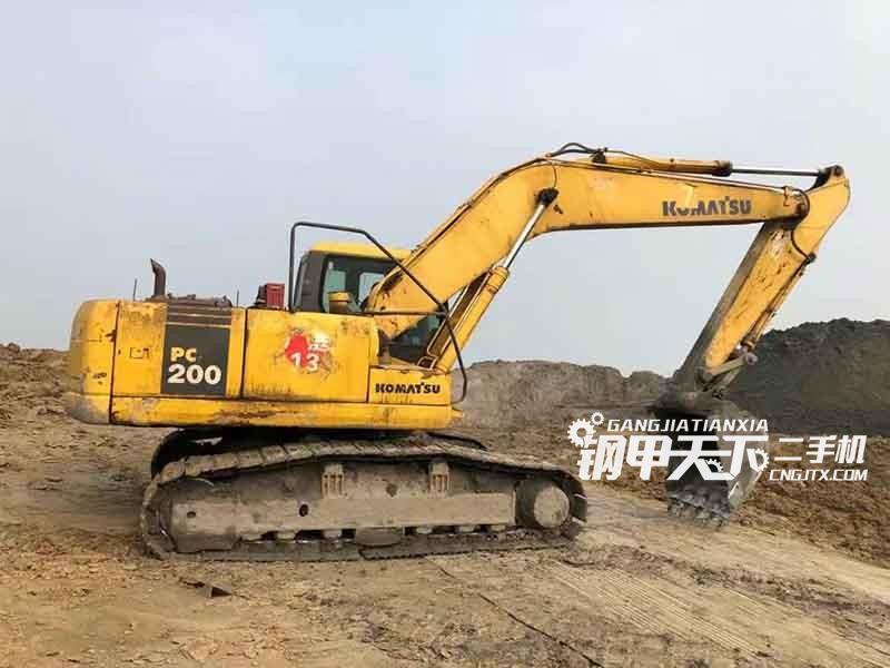 小松  200-7  挖掘机