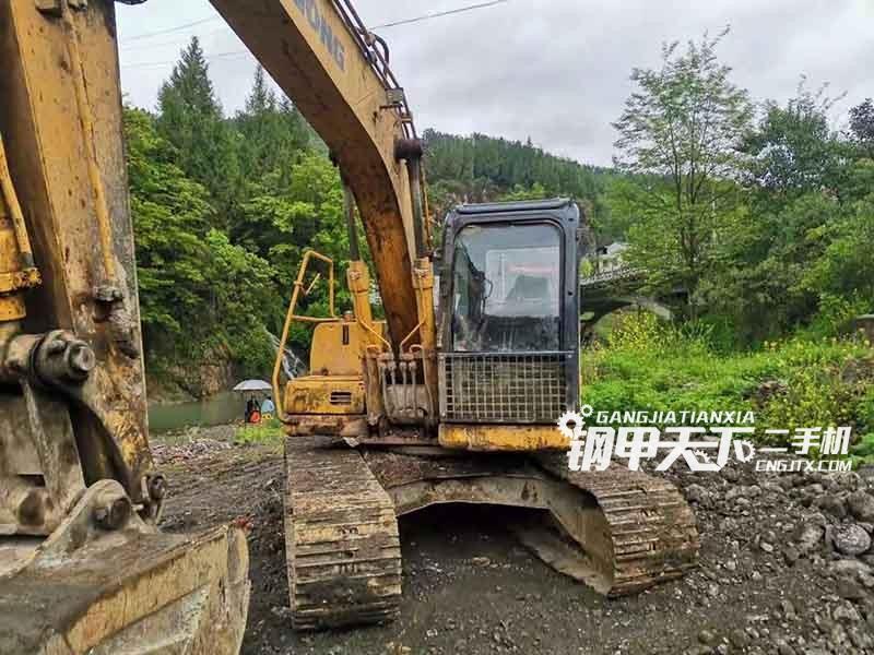 柳工  150  挖掘机