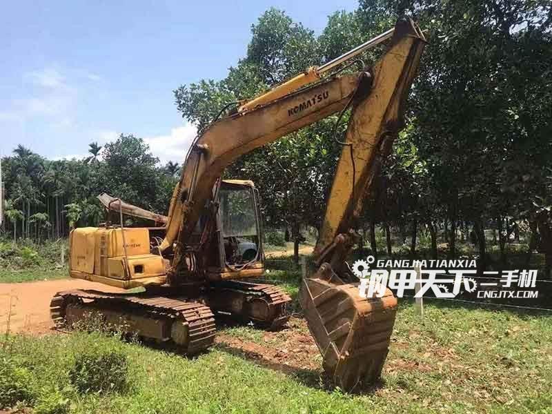 小松  120-6  挖掘机