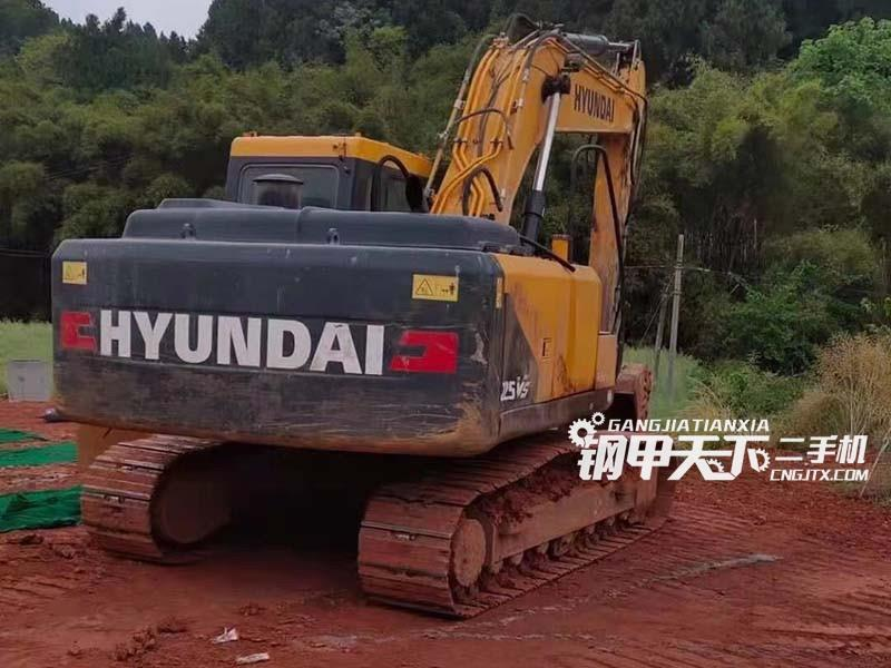 现代  225VS  挖掘机