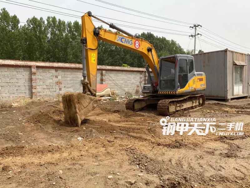 徐工  XE150D  挖掘机