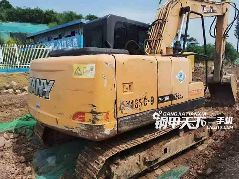 三一重工  135-9  挖掘机